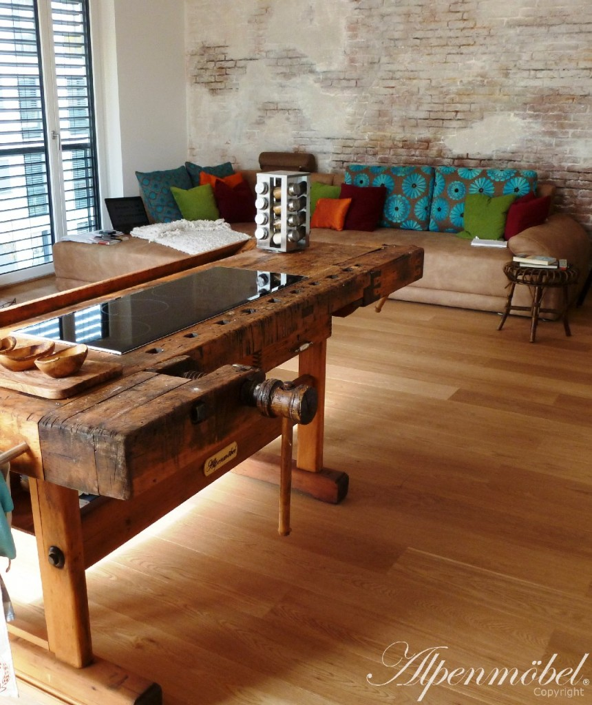 alpenm bel design trifft geschichte referenzen. Black Bedroom Furniture Sets. Home Design Ideas