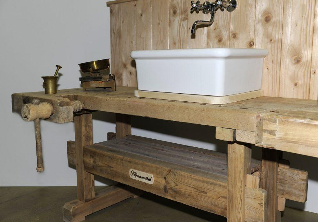alpenm bel design trifft geschichte unser neuestes. Black Bedroom Furniture Sets. Home Design Ideas