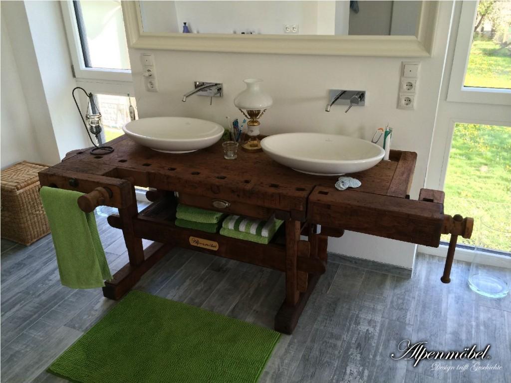 Alpenm bel design trifft geschichte produkte - Rustikales badezimmer ...