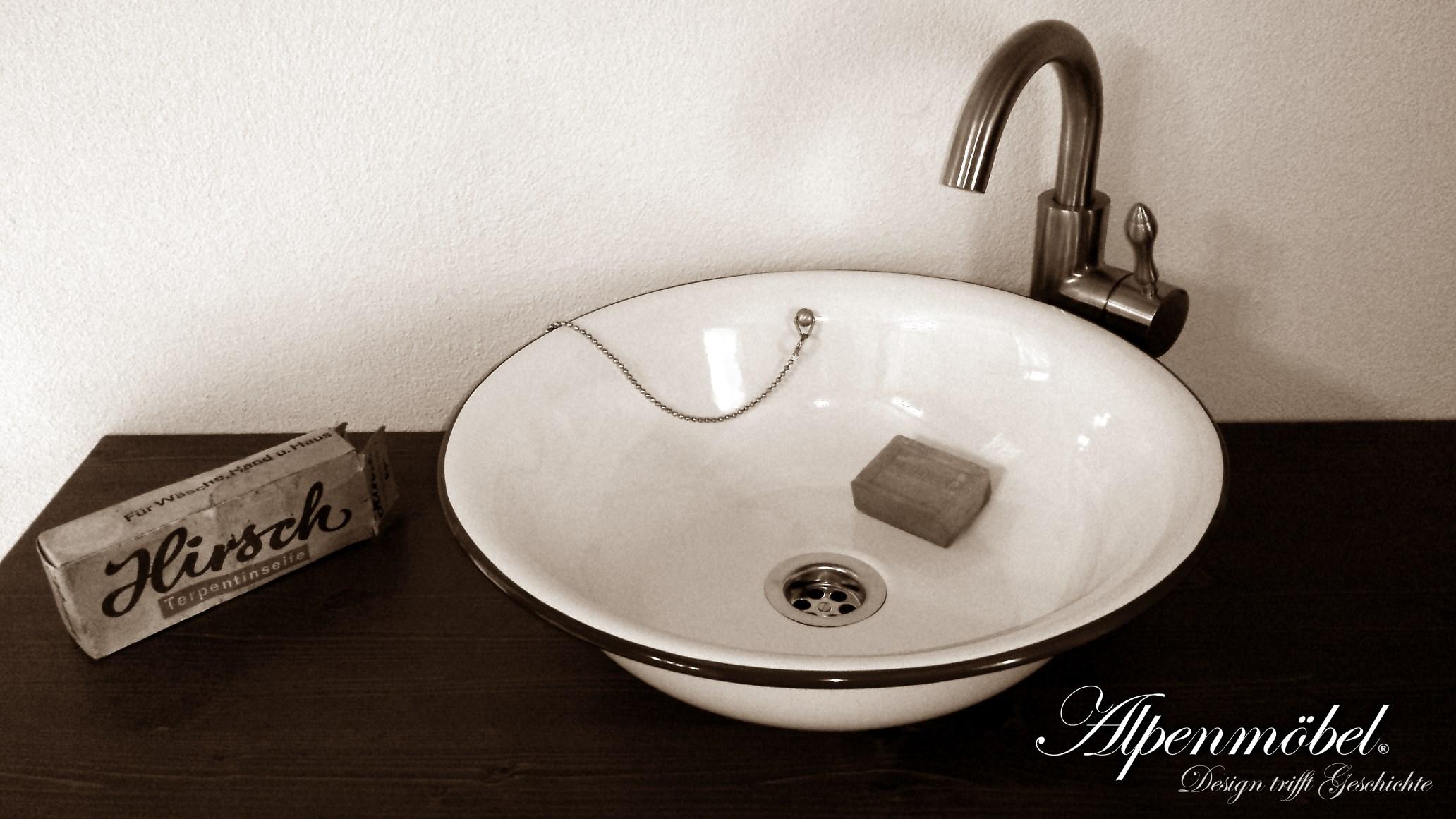 Waschbecken Retro Design : alpenm bel design trifft geschichte alpenemaille waschbecken ~ Markanthonyermac.com Haus und Dekorationen